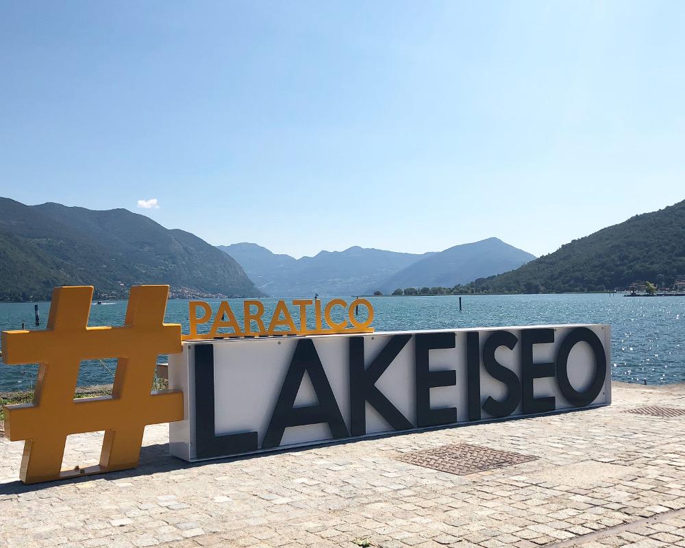 Lago d'Iseo, la panchina è social per turisti smart