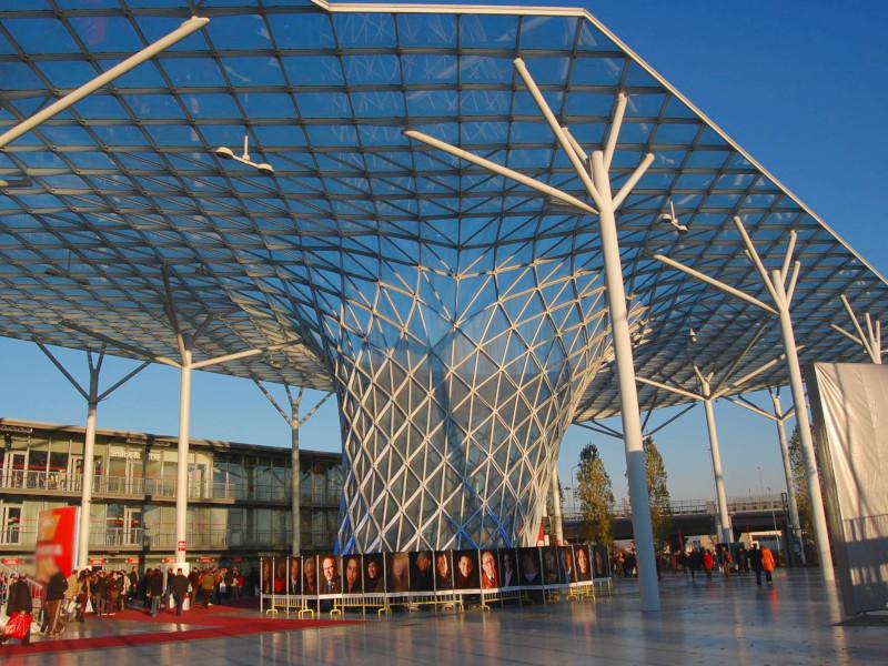 Salone del Mobile di Milano rinviato a Giugno